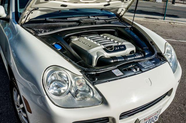 2005 Porsche Cayenne Reseda, CA 39