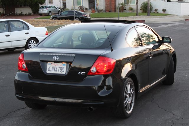 2005 Scion TC HATCHBACK SERVICE RECORDS AUTOMATIC NEW BRAKES in Woodland Hills CA, 91367