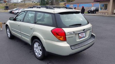 2005 Subaru Outback Ltd | Ashland, OR | Ashland Motor Company in Ashland, OR
