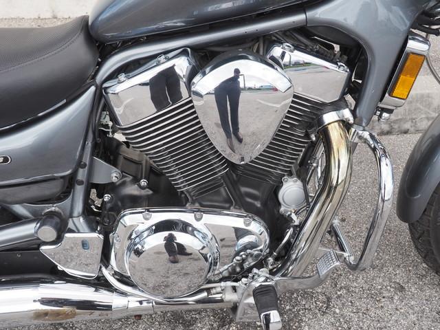 2005 Suzuki Boulevard S83 in Dania Beach Florida, 33004