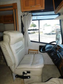 2005 Thor Hurricane 32R  city Florida  RV World of Hudson Inc  in Hudson, Florida