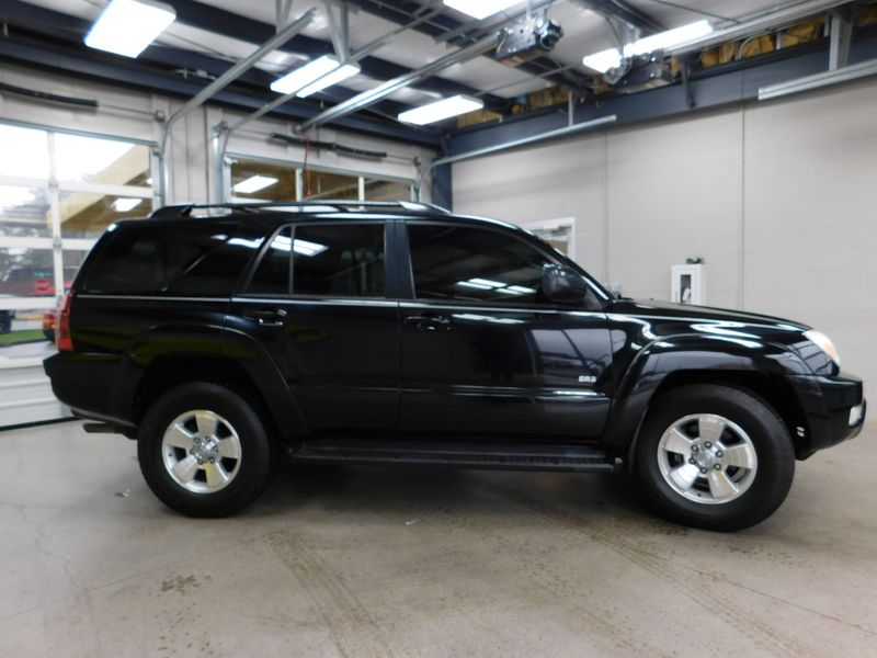 2005 Toyota 4Runner SR5  city TN  Doug Justus Auto Center Inc  in Airport Motor Mile ( Metro Knoxville ), TN