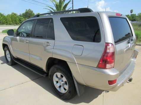 2005 Toyota 4Runner SR5 4WD | Houston, TX | American Auto Centers in Houston, TX