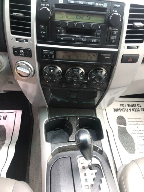 2005 Toyota 4Runner Limited Knoxville, Tennessee 10