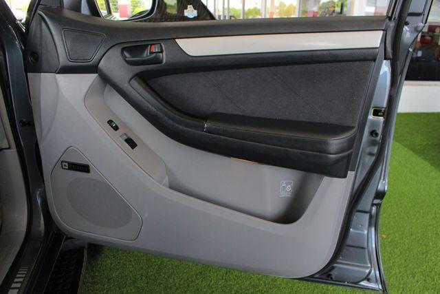 2005 Toyota 4Runner SR5 Sport 4WD- JBL SOUND - CARGO SYSTEM - 4.7L V8! Mooresville , NC 38
