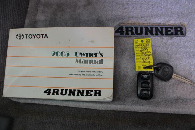 2005 Toyota 4Runner SR5 Sport 4WD- JBL SOUND - CARGO SYSTEM - 4.7L V8! Mooresville , NC 17