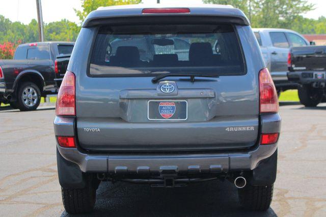 2005 Toyota 4Runner SR5 Sport 4WD- JBL SOUND - CARGO SYSTEM - 4.7L V8! Mooresville , NC 16