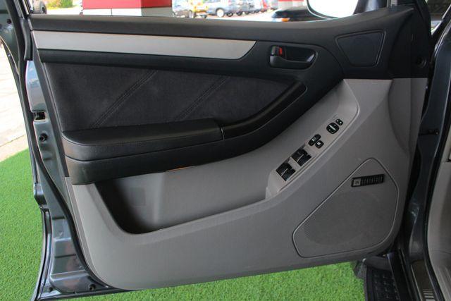 2005 Toyota 4Runner SR5 Sport 4WD- JBL SOUND - CARGO SYSTEM - 4.7L V8! Mooresville , NC 37