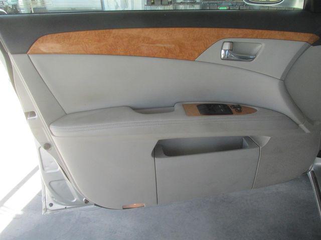 2005 Toyota Avalon XLS Gardena, California 9