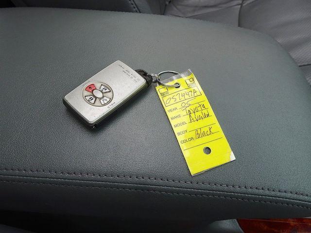 2005 Toyota Avalon Limited Madison, NC 50