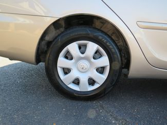2005 Toyota Camry LE Batesville, Mississippi 14