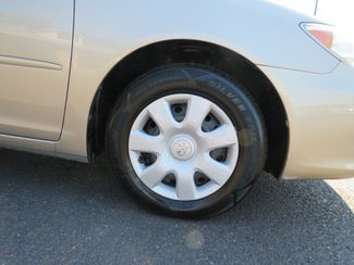2005 Toyota Camry LE Batesville, Mississippi 15