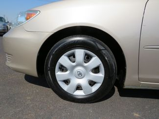2005 Toyota Camry LE Batesville, Mississippi 16