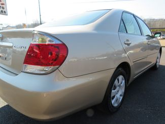 2005 Toyota Camry LE Batesville, Mississippi 13