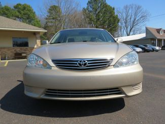 2005 Toyota Camry LE Batesville, Mississippi 10