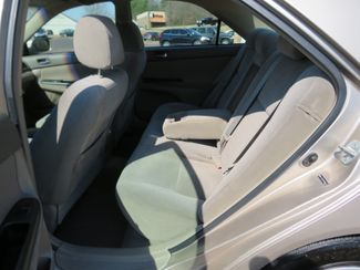 2005 Toyota Camry LE Batesville, Mississippi 26