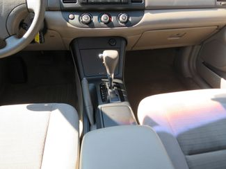 2005 Toyota Camry LE Batesville, Mississippi 23