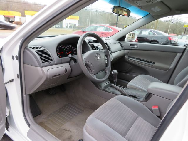 2005 Toyota Camry LE Batesville, Mississippi 20