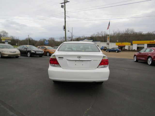 2005 Toyota Camry LE Batesville, Mississippi 5