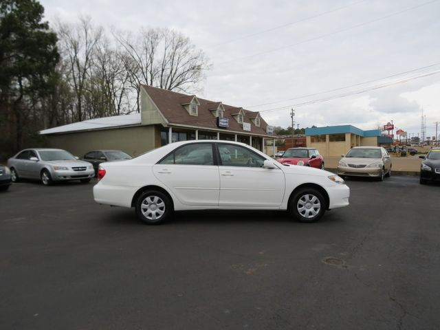 2005 Toyota Camry LE Batesville, Mississippi 3