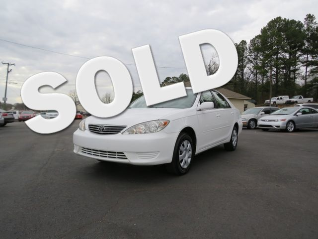 2005 Toyota Camry LE Batesville, Mississippi