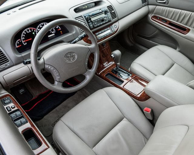 2005 Toyota Camry XLE Burbank, CA 10