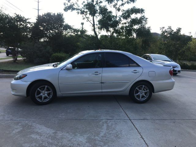 2005 Toyota Camry LE in Carrollton, TX 75006