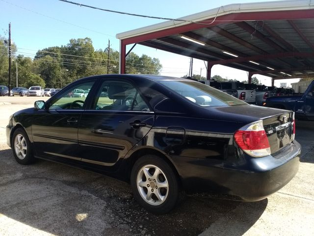 2005 Toyota Camry LE Houston, Mississippi 5