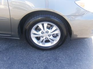 2005 Toyota Camry LE Los Angeles, CA 8