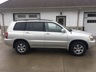 2005 Toyota Highlander V6 4WD 3rd Row Imports and More Inc  in Lenoir City, TN