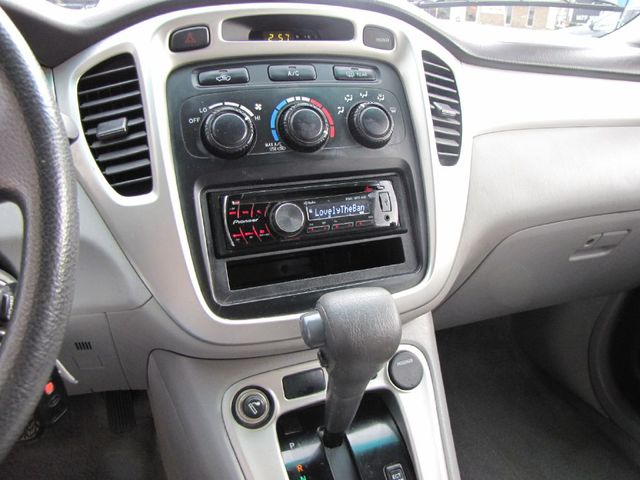 2005 Toyota Highlander Limited in Medina, OHIO 44256