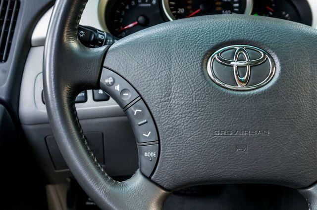 2005 Toyota Highlander Limited in Reseda, CA, CA 91335