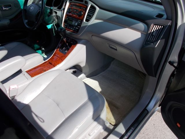 2005 Toyota Highlander Shelbyville, TN 18