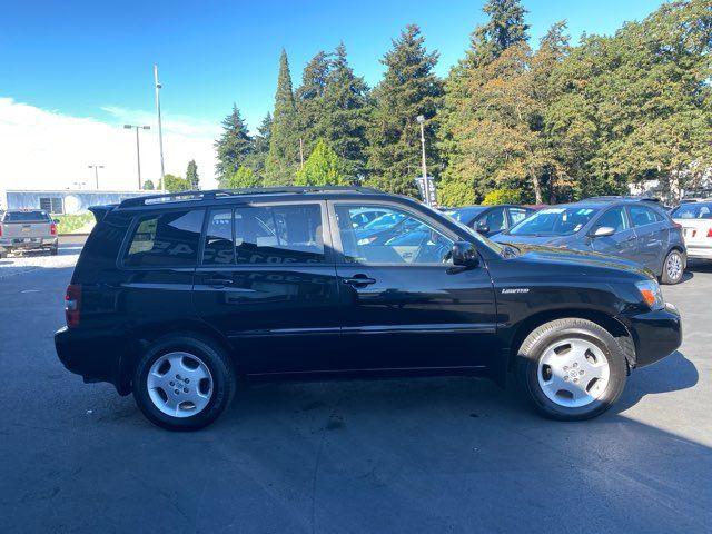 2005 Toyota Highlander Limited in Tacoma, WA 98409