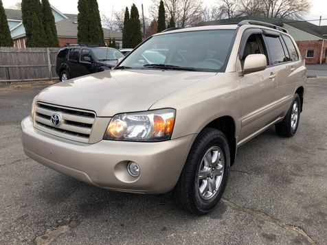 2005 Toyota Highlander Limited in West Springfield, MA