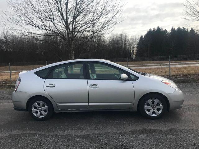 2005 Toyota Prius Ravenna, Ohio 4