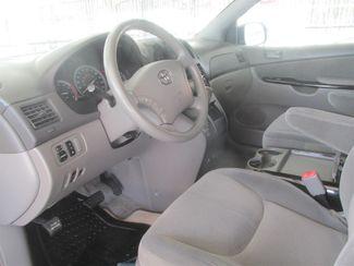 2005 Toyota Sienna LE Gardena, California 7