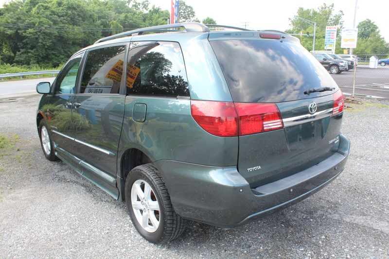 2005 Toyota Sienna XLE  city MD  South County Public Auto Auction  in Harwood, MD