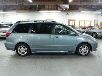 2005 Toyota Sienna XLE Limited Kensington, Maryland 5