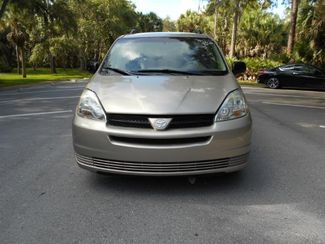 2005 Toyota Sienna Le Wheelchair Van Handicap Ramp Van Pinellas Park, Florida 3