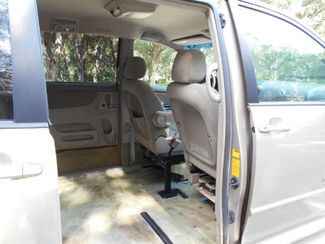 2005 Toyota Sienna Le Wheelchair Van Handicap Ramp Van Pinellas Park, Florida 7