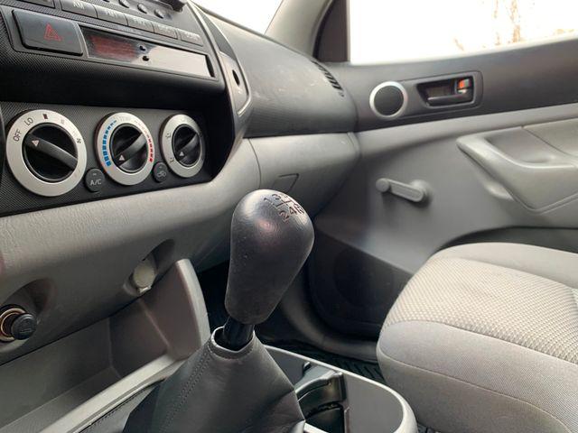 2005 Toyota Tacoma Tampa, Florida 10