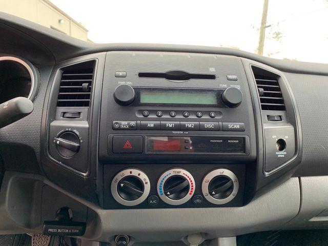 2005 Toyota Tacoma Tampa, Florida 9