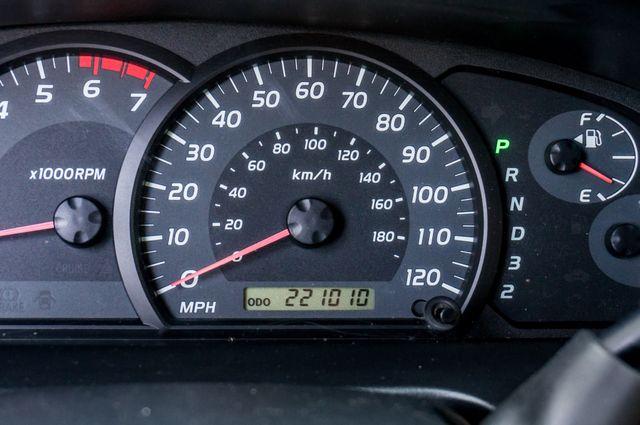 2005 Toyota Tundra Ltd 4WD - CAMPER - TOW PKG Reseda, CA 17