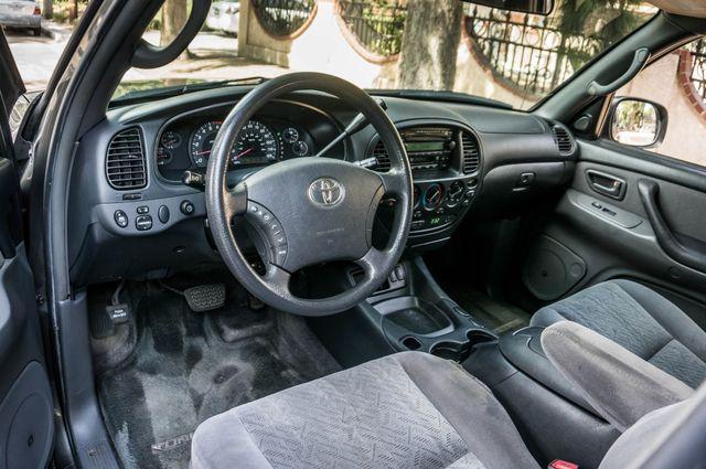2005 Toyota Tundra Ltd 4WD - CAMPER - TOW PKG Reseda, CA 15