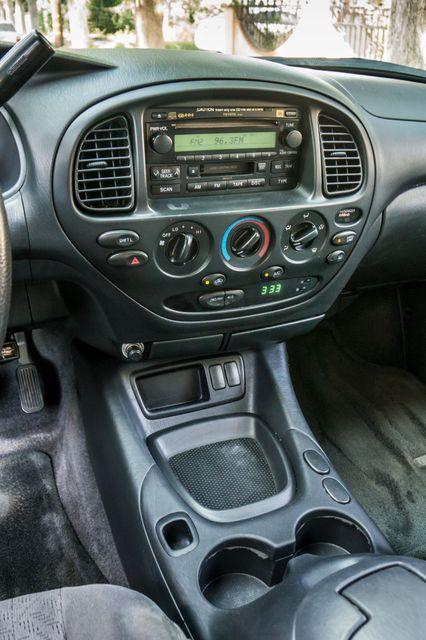 2005 Toyota Tundra Ltd 4WD - CAMPER - TOW PKG Reseda, CA 24