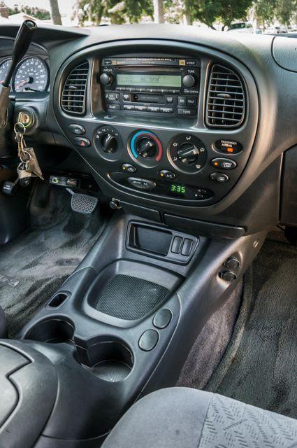 2005 Toyota Tundra Ltd 4WD - CAMPER - TOW PKG Reseda, CA 22