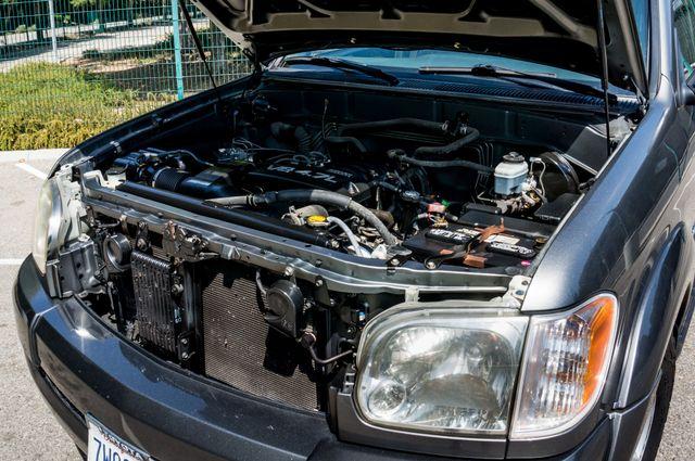 2005 Toyota Tundra Ltd 4WD - CAMPER - TOW PKG Reseda, CA 36