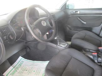 2005 Volkswagen Golf GL Gardena, California 4