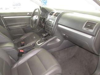 2005 Volkswagen Jetta 2.5L Gardena, California 8
